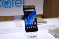Alcatel-1X-hands-on-8-of-8.jpg