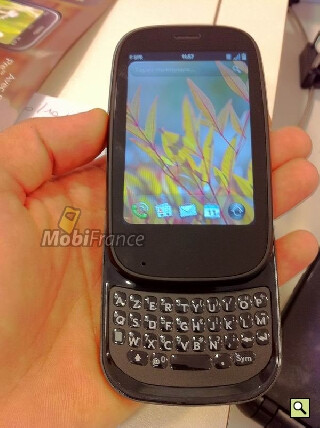 More pictures of the Palm Pre 2 are leaked