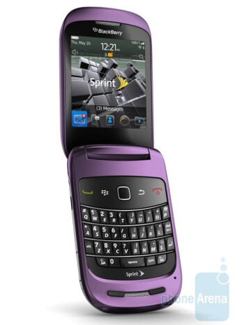 RIM BlackBerry Style 9679 will be available on October 31