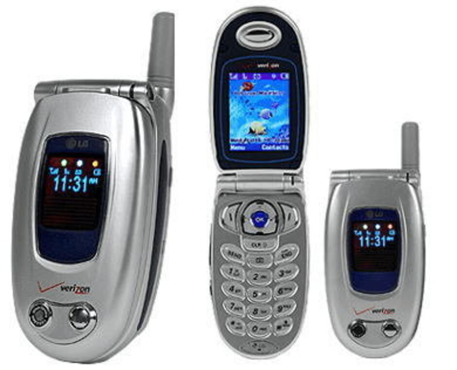 When the LG VX-6000 was released for Verizon Wireless, it helped to kick off the camera phone craze. - These were the classic flip phones that everyone used (and we miss them)