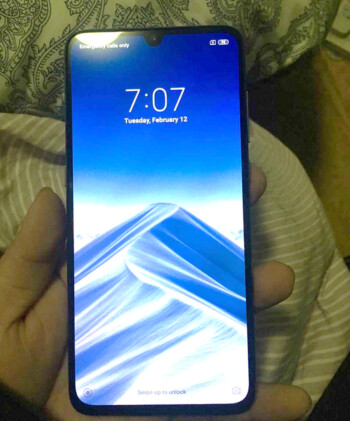 Leaked picture allegedly shows the Xiaomi Mi 9