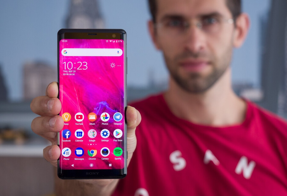 The Xperia XZ3 finally brought a modern look to Sony flagships - Why did Sony's smartphones lose their popularity?
