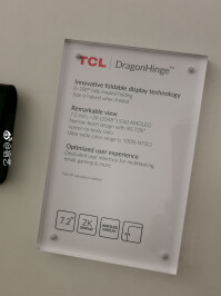 TCL-foldable-smartphone5.jpg