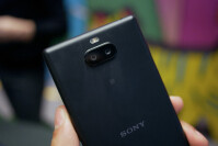 Sony-Xperia-10-and-10-Plus-Hands-On-2