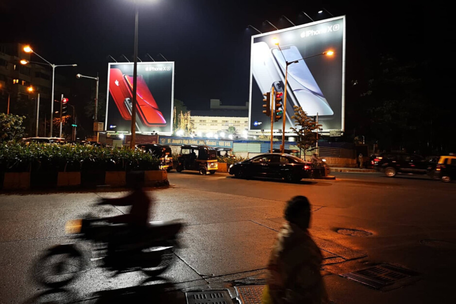Apple iPhone XR bilboards in Mumbai - 'Made in India' iPhones to go from iPhone SE to XS Max, lowering exorbitant prices