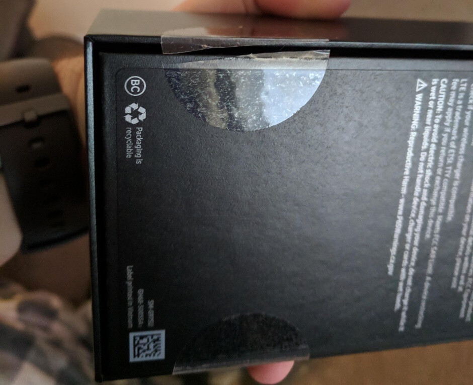 That's not how the retail box of a new phone should look - Many Galaxy S10 units shipped early reportedly came in open boxes