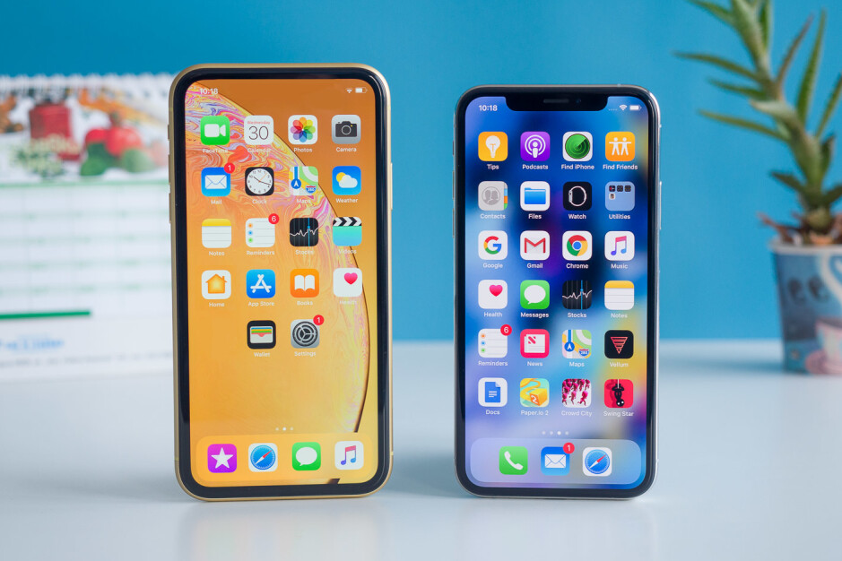An iPod Touch and an iPhone XS might be a good combo for some (don't judge my mock up skills) - Is Apple really making a new iPod Touch? And if it is, who would buy it?