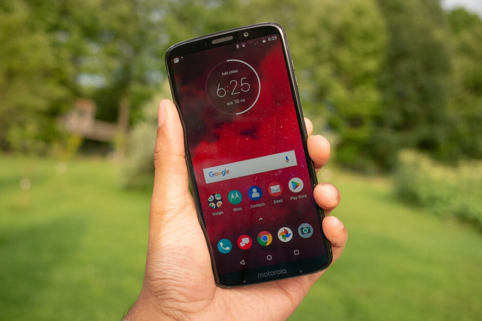 The Moto Z3 is the world's first 5G-upgradeable phone - Verizon announces 5G mobile network release date and 5G Moto Mod pre-orders