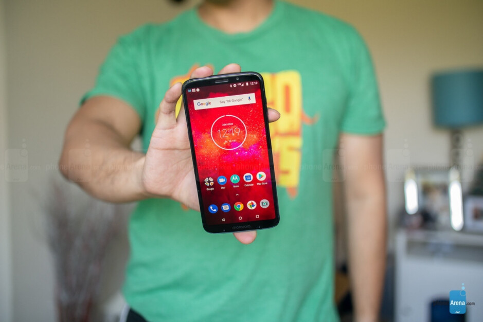 The Moto Z3 Play is no powerhouse - Moto Z4 Play could still be on the cards with upper mid-range SoC and hefty battery