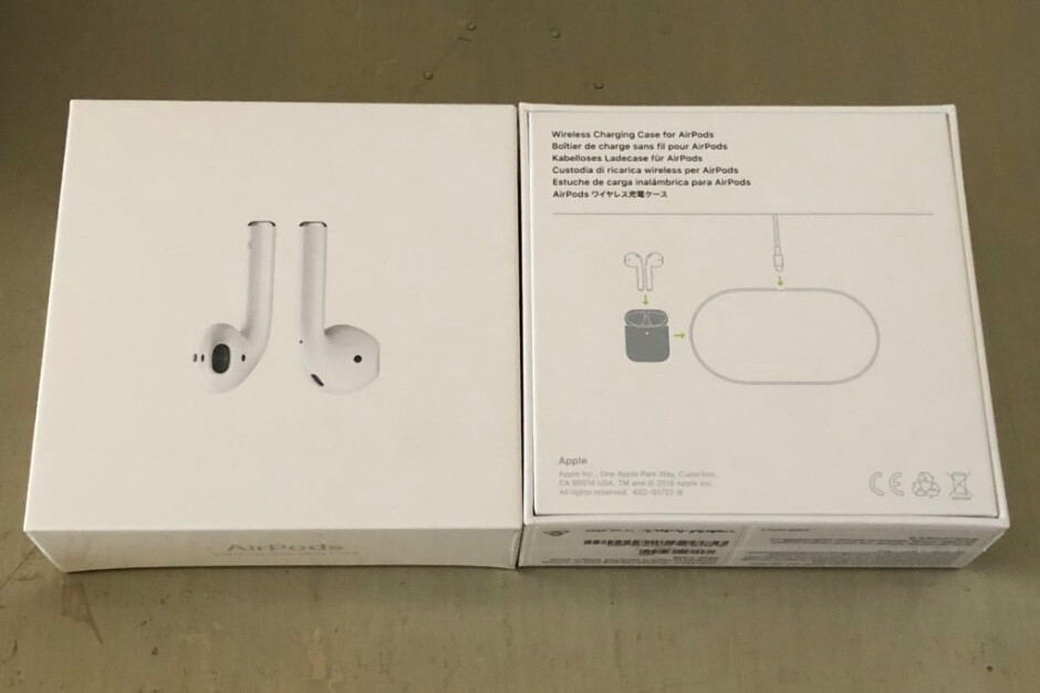 Yup, that's definitely an AirPower sketch - Apple is now dropping AirPower hints on AirPods 2 retail boxes