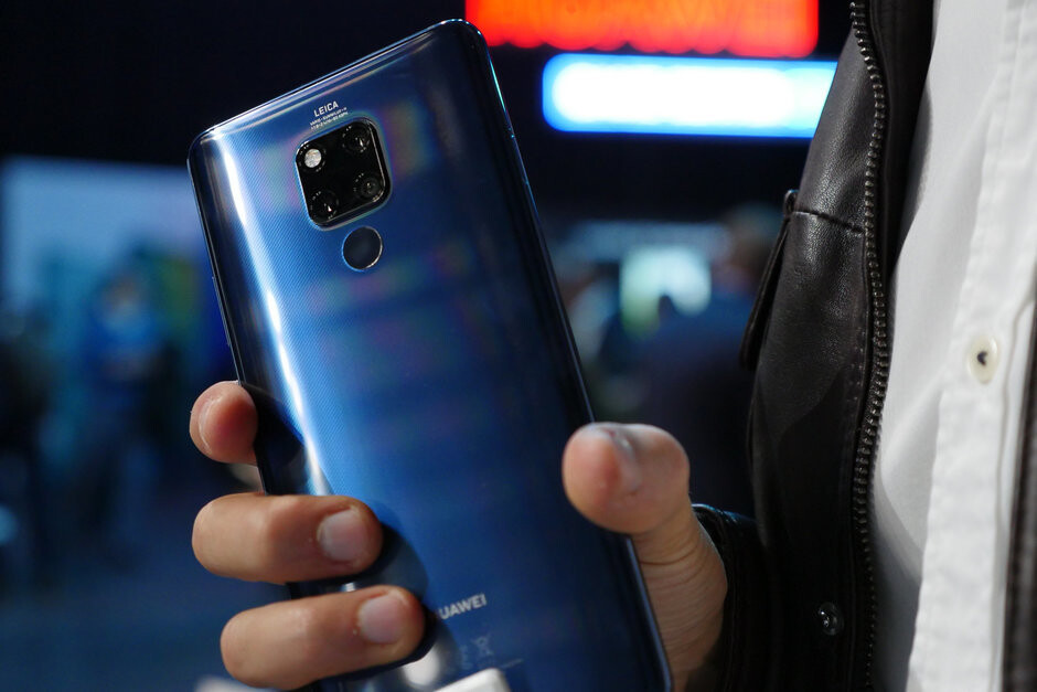 The Mate 20 X, one of Huawei's first 5G phones - The Huawei Mate 30 could support 5G networks, CEO teases