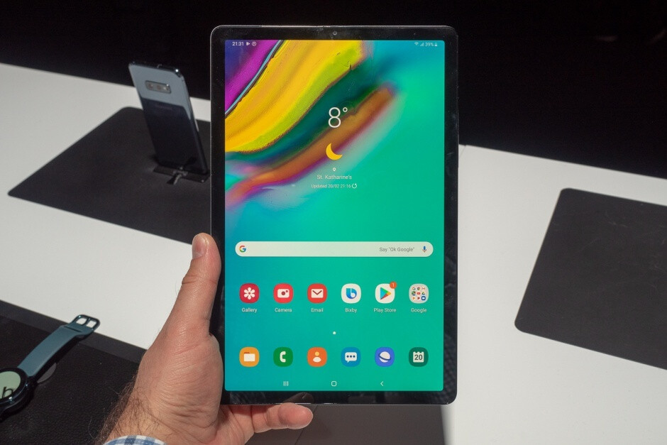 The Galaxy Tab S5e is by no means a bad-looking device - Samsung has a Galaxy Tab S5 with a top-notch SoC in the pipeline, but don't get too excited