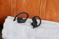 Beats-Powerbeats-Pro-gallery-1