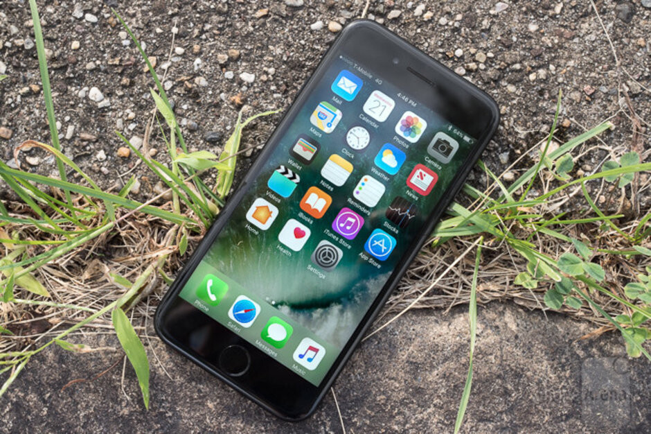 The Apple iPhone 7 was the first to use an Intel modem chip - Here's why Apple and Qualcomm face off in court next week with billions of dollars at stake
