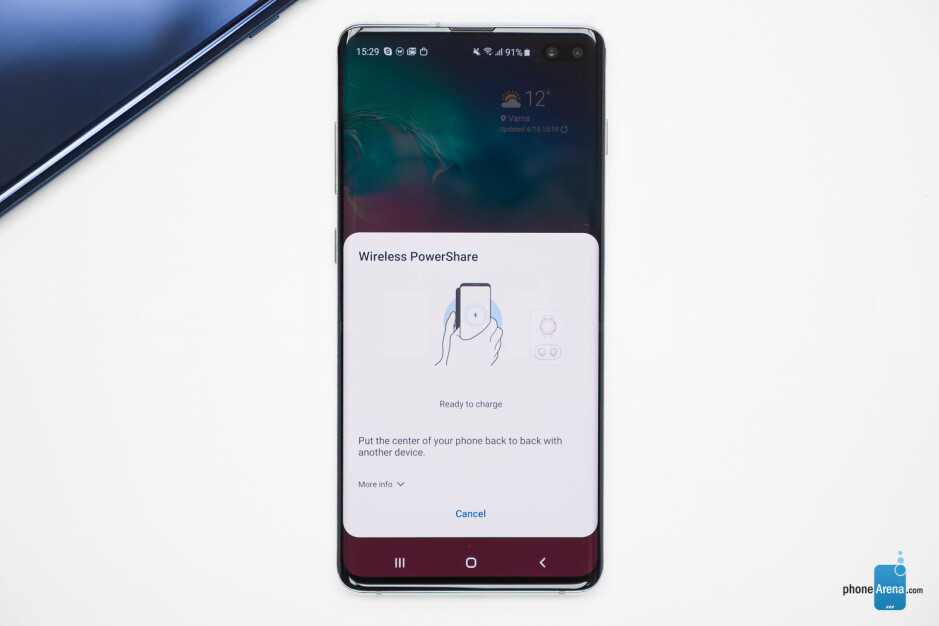 How to charge other phones with your Samsung Galaxy S10