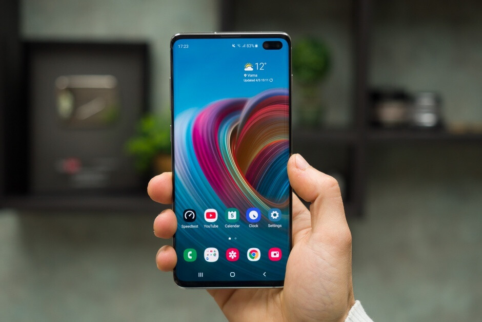 The Galaxy S10+ is Samsung's most popular new flagship variant - Latest Galaxy S10 sales report is music to Samsung's ears amid Galaxy Fold controversy