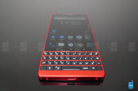 BlackBerry-KEY2-Red-Edition-unboxing--hands-on-10-of-15