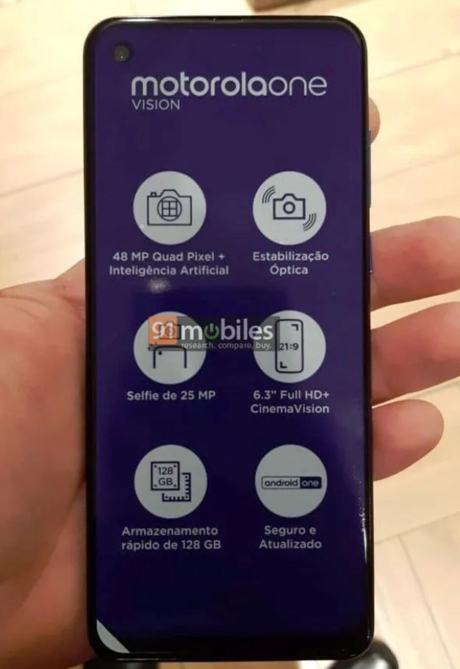 Motorola One Vision hands-on image leaks, key specs corroborated