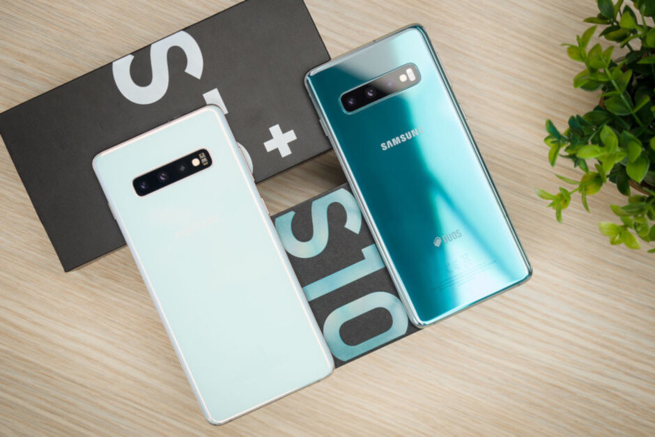 Consumers in China are allegedly selling their Galaxy S10 series phone to buy the OnePlus 7 Pro - Chinese consumers are selling their Samsung Galaxy S10 to buy the OnePlus 7 Pro