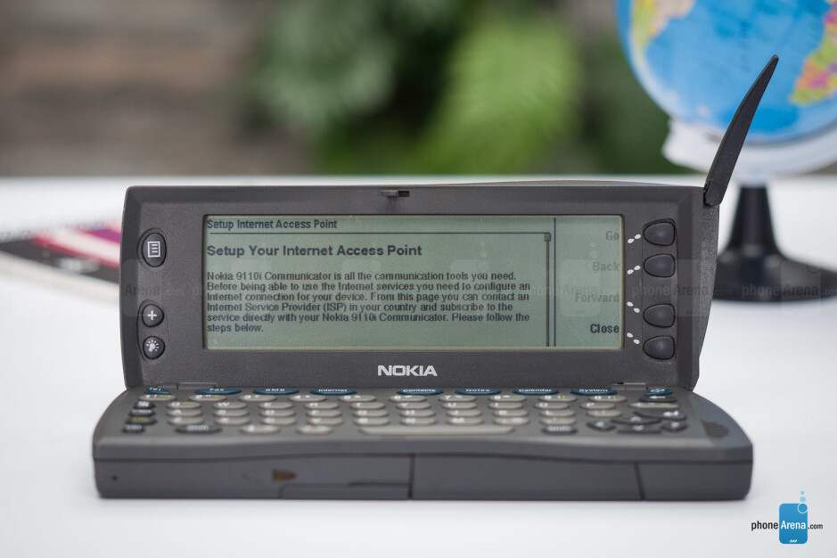 The mobile web in 1998 consisted mostly out of text - 21 years ago, this was the smartphone of the future – and I just bought one