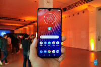 Motorola-Moto-Z4-price-release-date-US-01