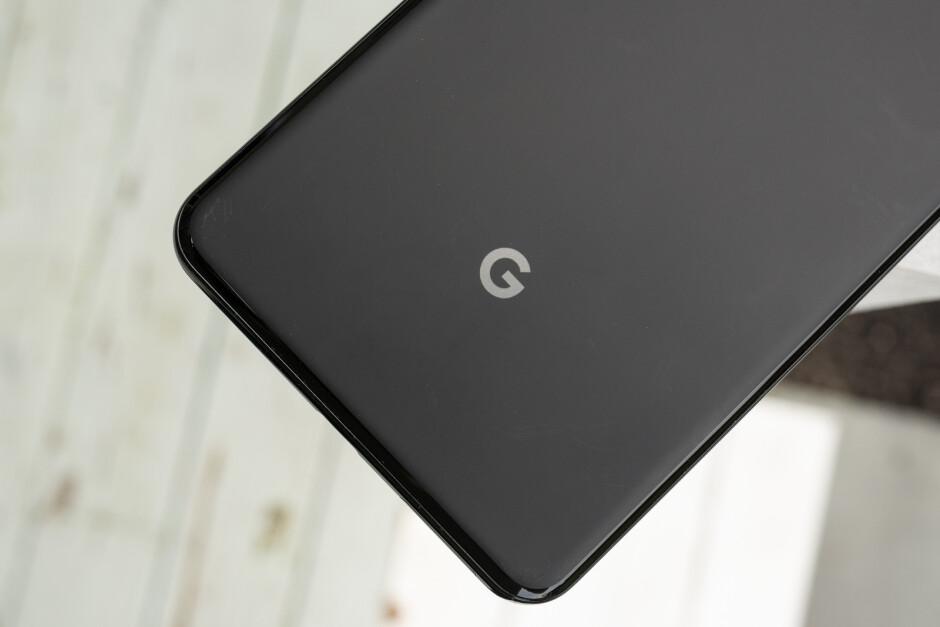 Google Pixel 3 XL - Google Pixel 4 renders leak showing iPhone 11-like design