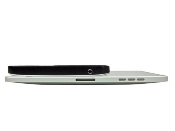 Galaxy Tab vs iPad - Tearing down the Galaxy Tab