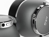 Samsung-AKG-N700-deal-50-off-04