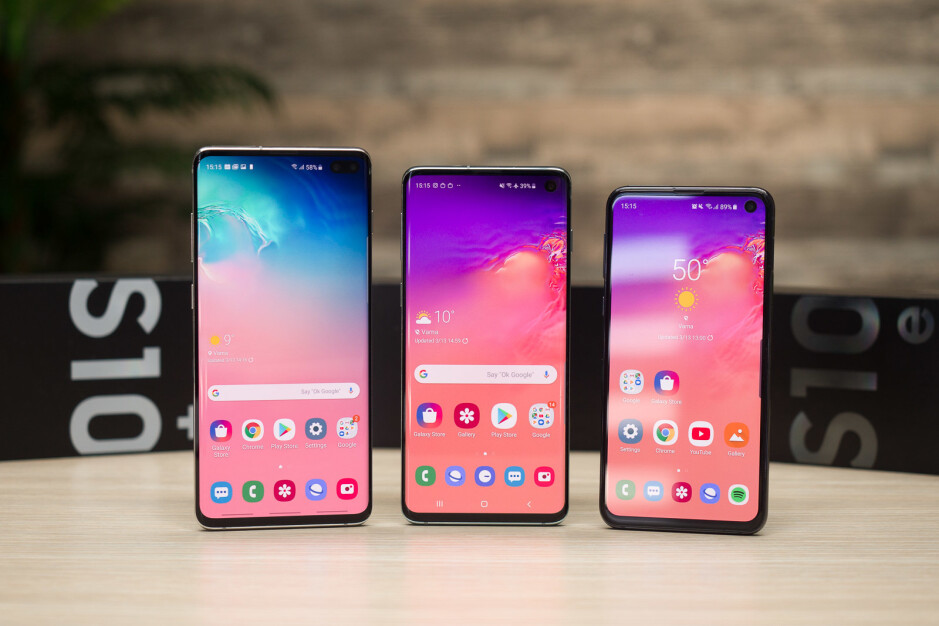 Most popular on the right and least popular on the left - Samsung's Galaxy S10 has outsold the Galaxy S9 by a significant margin