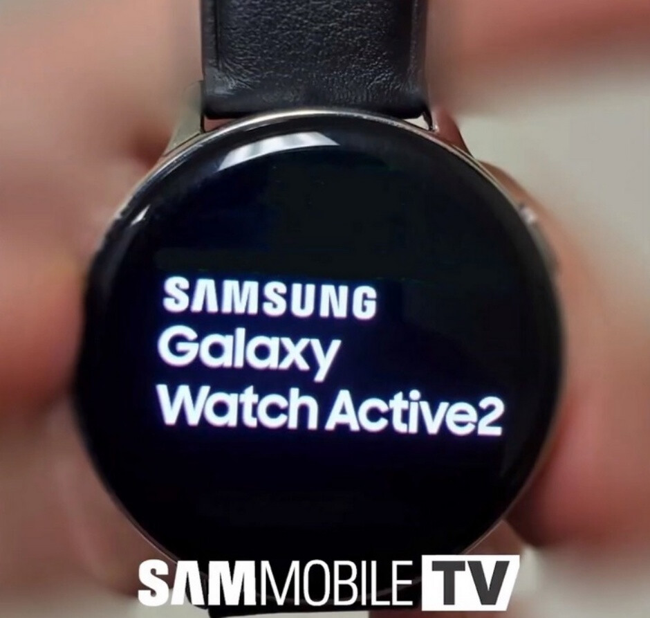 The Galaxy Watch Active 2 looks similar to its predecessor at first glance - Samsung plans to mirror the best Apple Watch features on the Galaxy Watch Active 2