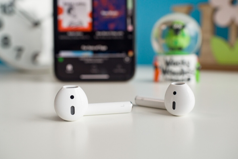The second-gen AirPods look pretty much identical to the original version, also lacking water resistance - Latest analyst report predicts 'stable' 2019 iPhone sales, AirPods 3 release by year's end