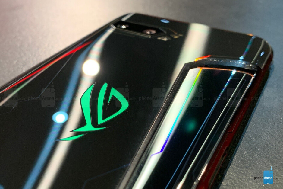 Asus ROG Phone 2 is a ridiculously powerful Android phone with Snapdragon 855 Plus and air cooling [hands-on]
