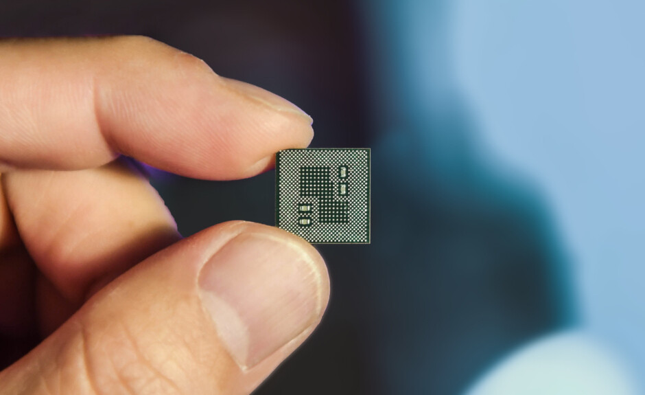 The Snapdragon 855 in all of its tiny glory - Snapdragon 865 preview: what to expect from the beast that will power 2020 flagships