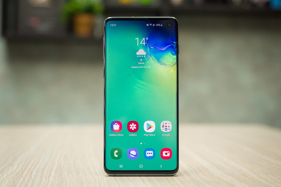 Moto G6 Android 9.0 Pie update locks users out of their phones, here is how to fix it