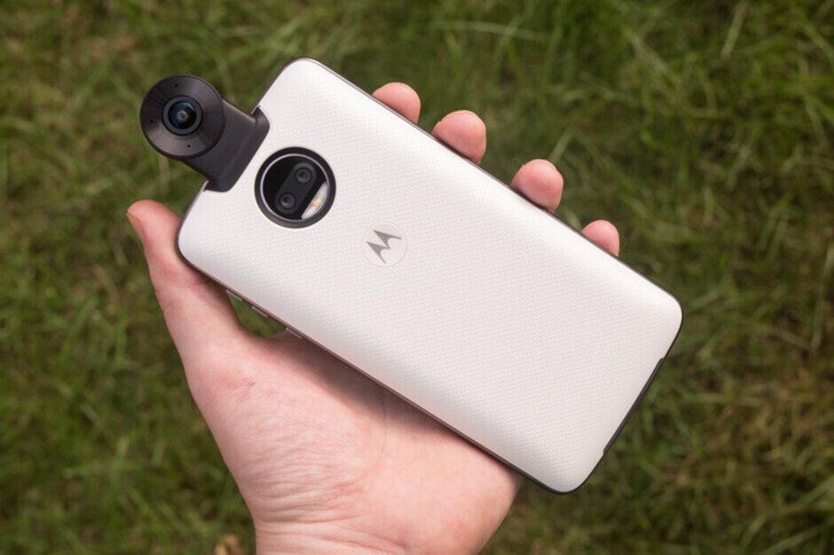 Motorola flagships didn't work two years ago and they won't work now - Motorola would thrive if it created a rival to Google's Pixel 3a