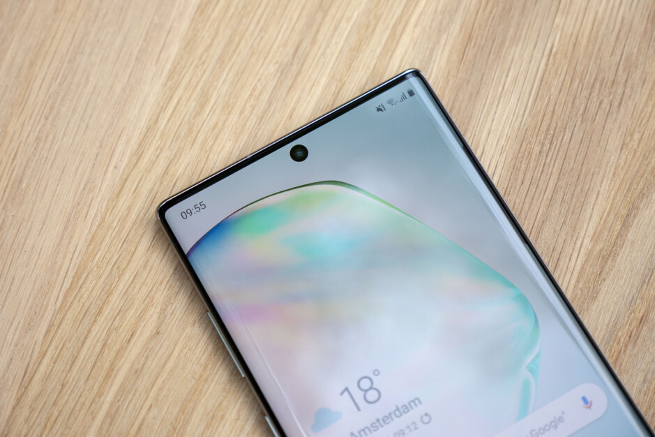 The Note 10's front camera in the upper center - Galaxy Note 10 and 10+ are official: price, release date, and all the new features