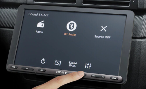 Sony unveils impressive Android Auto / CarPlay receiver with giant