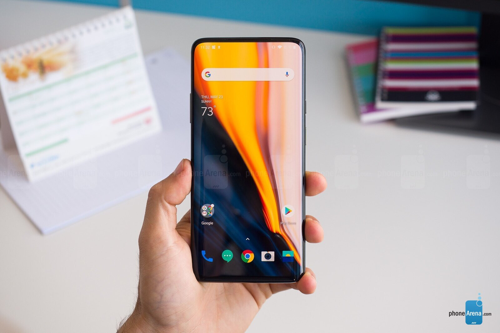 OnePlus 7T leak teases circular triple camera-array and Snapdragon 855+