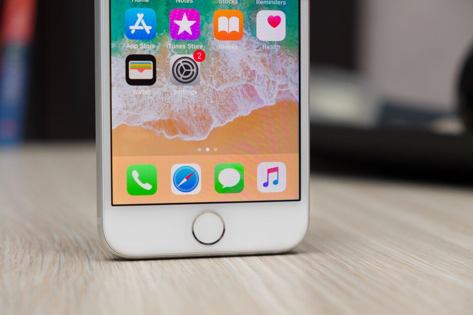 The iPhone 8 - Apple iPhone SE successor based on iPhone 8 to arrive next year