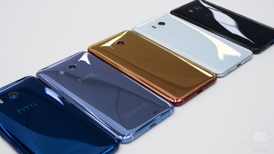 The HTC U11 in five different colors - How did Samsung make the Aura Glow color of the Galaxy Note 10?