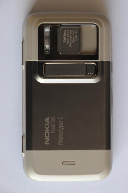 The design of the Nokia N00 Prototype C resembles that of the Nokia N86 - Nokia N00 Prototype C surfaces on eBay