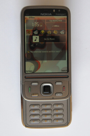 The design of the Nokia N00 Prototype C resembles that of the Nokia N86