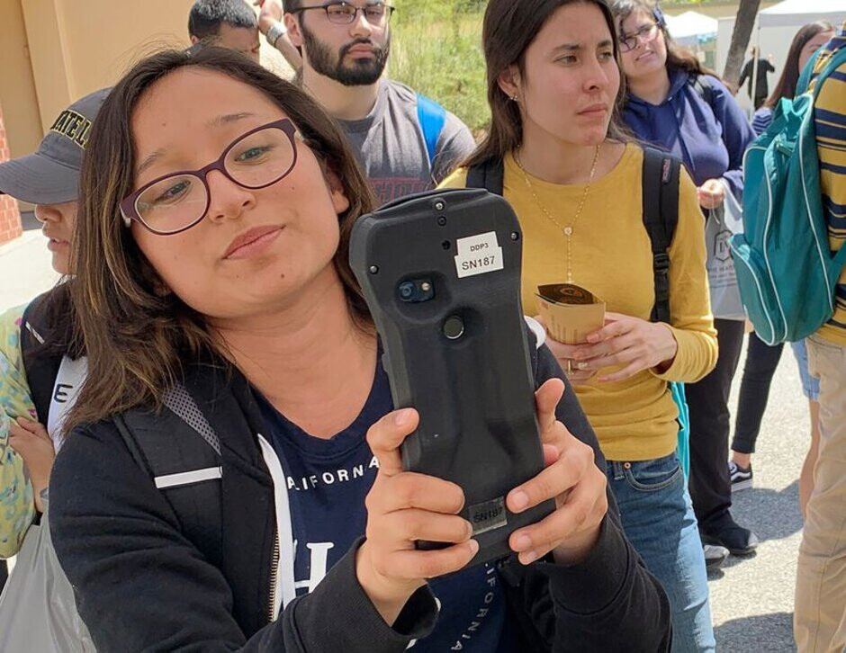 A heavily disguised Pixel 4 collects information to improve Face unlock - Google's temps told to find homeless and people with darker skin for Face unlock data