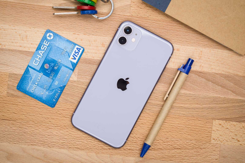 iPhone 11 sales drive Apple rebound as Samsung sees strong growth in Europe