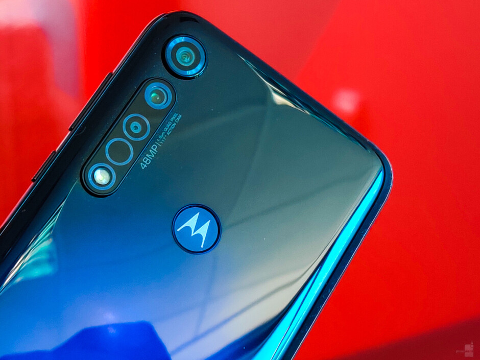 Moto G8 Plus hands-on: Mid-range excellence with identity crisis
