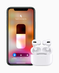 AppleAirPods-ProiPhone11-Pro102819