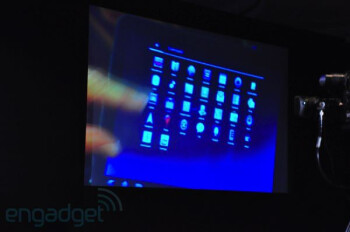 Motorola's Honeycomb flavored tablet displayed by Andy Rubin at conference