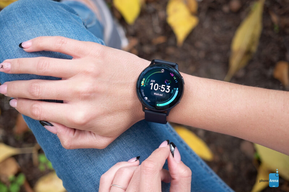 The Galaxy Watch Active 2 is not bad, but it's still one or two steps behind the Apple Watch - The Apple Watch Series 5 is nothing special, but it still deserves all the attention in the world