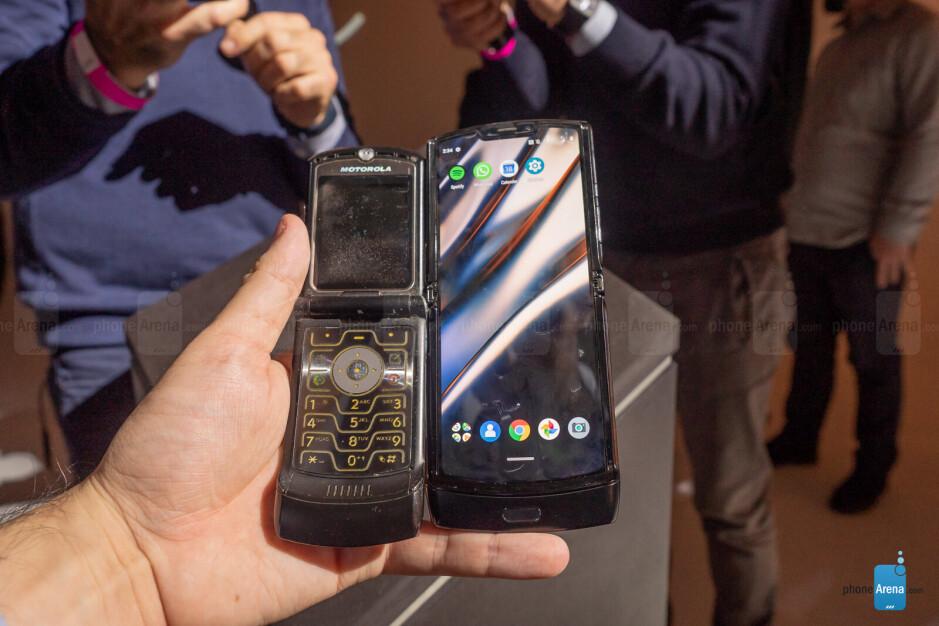 The new Motorola Razr is terrible and I love it!