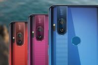 Motorola-One-Hyper-deal-free-phone-01